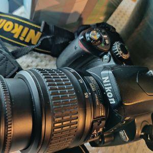 Nikon D40 for Sale in Los Angeles, CA