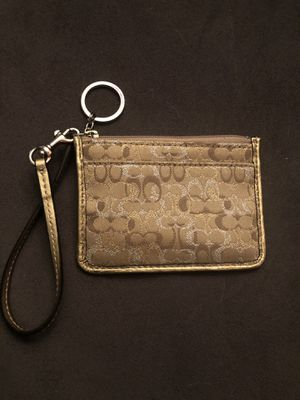 COACH ID HOLDER/COIN PURSE for Sale in Roseville, MI