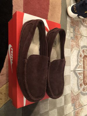 UGG MENS Shoes!! Size 11. $20 for Sale for sale  Brooklyn, NY