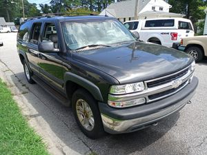 2004 Chevrolet suburban LT 4+4 for Sale in Virginia Beach, VA