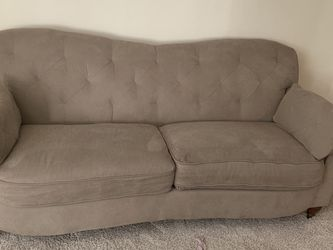 Lazyboy 2 Set Couches for Sale in Vancouver,  WA
