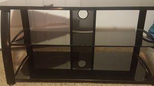 Mueble para television de vidrio negro for Sale in Frostproof, FL