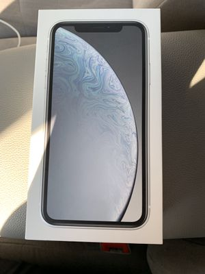 IPhone XR 64 Gb white Factory Unlocked for Sale in New York, NY