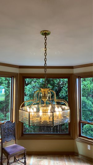 Brass chandelier with 12 LED bulbs for Sale in Federal Way, WA