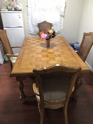 Wooden Table for Sale in Sterling, VA