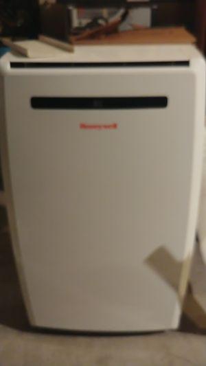 Honeywell ac unit 250$ OBO for Sale in ELEVEN MILE, AZ