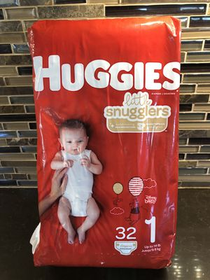 32 Huggies little smugglers size 1 for Sale in Las Vegas, NV