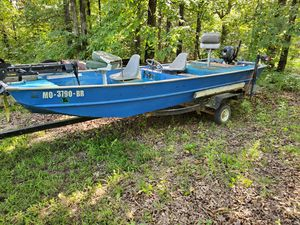 1978 Landa 16ft aluminum bass boat. for Sale in Festus, MO