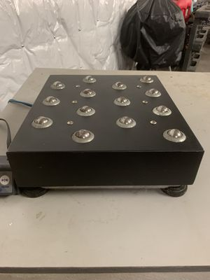 150 lb Shipping Scale with Rollers for Sale in Sarasota, FL