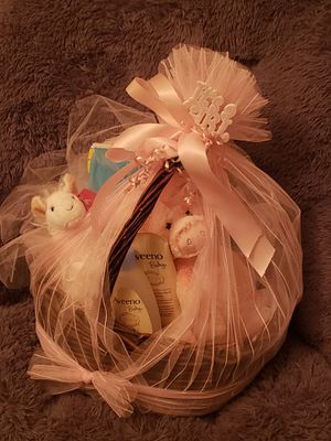 Beautiful Welcome basket for a baby girl for Sale in Las Vegas, NV
