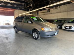 2001 Toyota Sienna for Sale in Garden Grove, CA