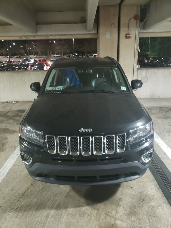 2016 JEEP COMPASS WITH BACKUP CAMERA