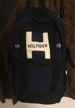 Tommy Hilfiger backpack for Sale in Cornelius, OR