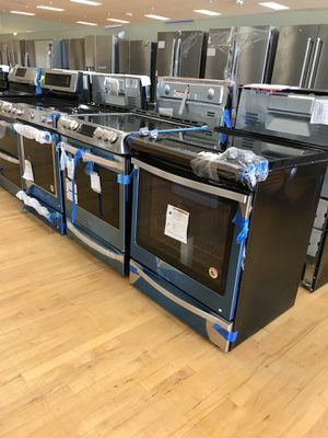 New scratch or dent Ranges Slide-in and freestanding for Sale in Lake Worth, FL