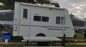 1999 prowler Rv camper with two fold outs great shape for Sale in Mount Joy, PA