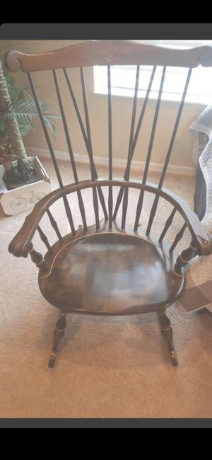 VINTAGE NICHOLS & STONE CO. WOOD ROCKING CHAIR for Sale in Delray Beach, FL