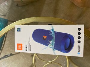 JBL Flip 4 portable Bluetooth speaker for Sale in Bellevue, WA