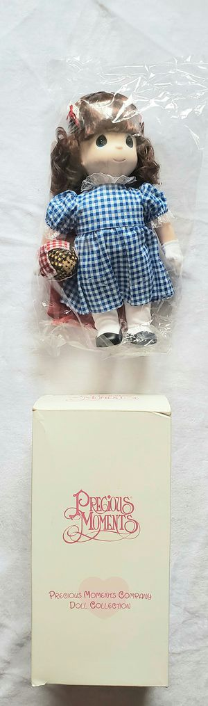 PRECIOUS MOMENTS RED RIDING HOOD DOLL for Sale in Las Vegas, NV