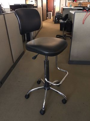 Office Star Work Smart DC420V-3 Chrome Finish Economical Chair for Sale in El Segundo, CA