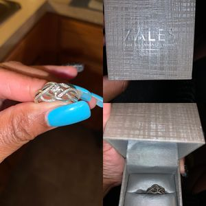 Ring for your lady for Sale in Taylor, MI