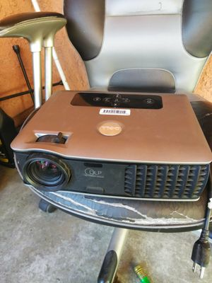 Dell DLP Hdmi projector (Like new!!) for Sale in Fontana, CA