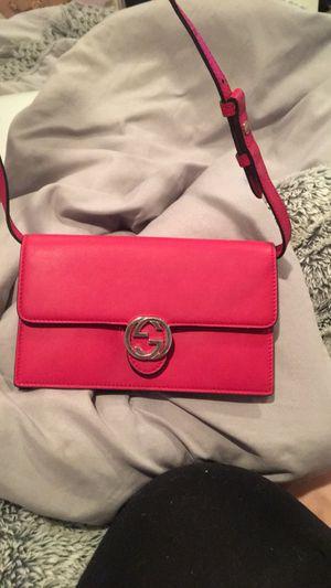 Gucci Wallet Crossbody for Sale in Garrison, MD