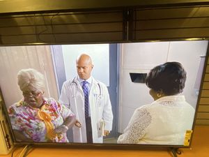 60 inch Vizio 4k smart $250.00!! Has tiny small line for Sale in Duluth, GA