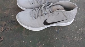 Nike worn once size 16 for Sale in Fort Lauderdale, FL
