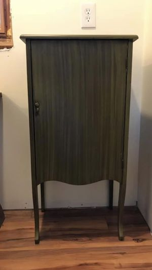 Antique Music Cabinet for Sale in Greer, SC