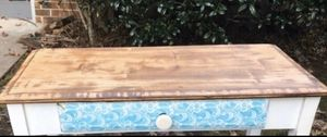 Entryway accent wood table for Sale in Savannah, GA