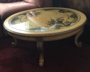 Beautiful Antique Coffee Table for Sale in Cleveland, OH