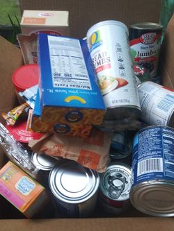 Small Box Of Free Food! Located In West Seattle Alaskan Junction Area for Sale in Seattle,  WA