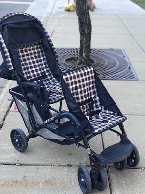Graco Double Stroller for Sale in Saint Paul, MN