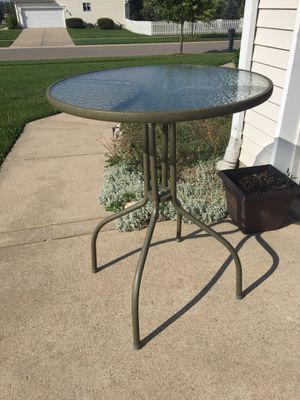Bistro table and 2 chairs for Sale in Linden, MI