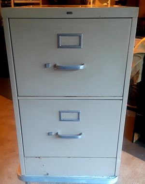 Two drawer file cabinet for Sale in Taylors, SC