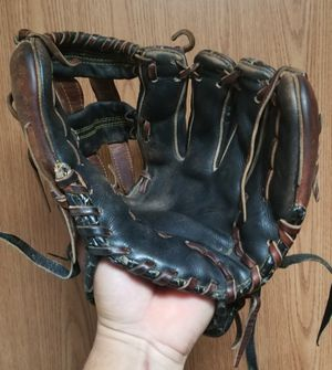 Baseball Glove. for Sale in Fort Worth, TX