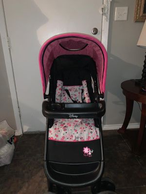 Minie mouse stroller used only like three times for Sale in Irving, TX