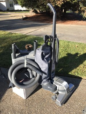 Kirby Vacuum, Hose Attachments & Carpet Cleaning Kit for Sale in Acampo, CA