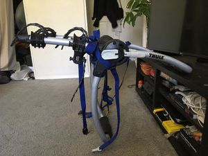 Thule Gateway 2 bike trunk rack - like new for Sale in San Diego, CA