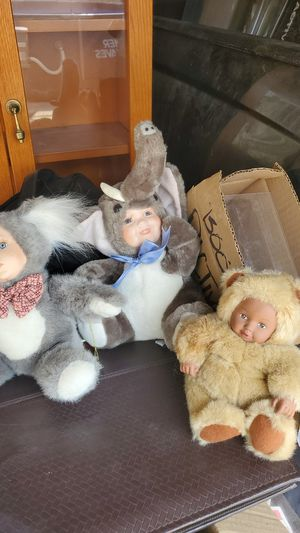 Porcelain stuffed animals for Sale in San Bernardino, CA