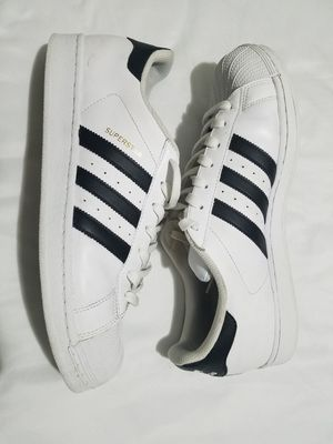 Adidas Superstars 11.5 men's for Sale in Irving, TX
