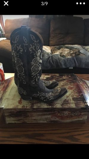 COW GIRL BOOTS BRAND NEW!!! for Sale in Hoquiam, WA