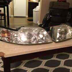 2000 & Up Mustang Aftermarket Headlights for Sale in Kent,  WA