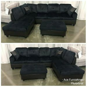Brand New Midnight Microfiber Sectional With Storage Ottoman for Sale in Puyallup, WA