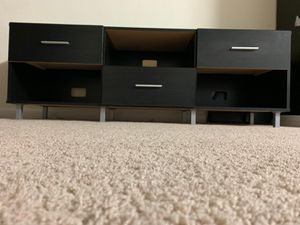 TV Stand in good condition for Sale in Cupertino, CA