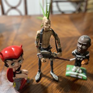 Collectible Vintage Piece Figurines, Punk Rocker,Betty Boop ,Marshall Faulk for Sale in Whittier, CA