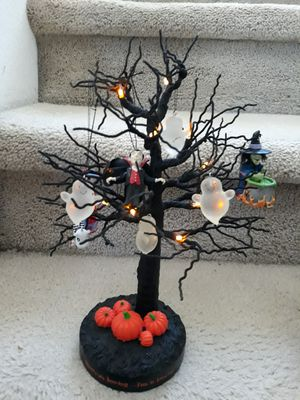 🌿🎃Halloween Tree Ornaments & Lights🎃🌿 for Sale in Las Vegas, NV