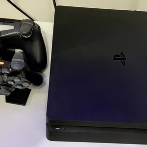 PlayStation 4 Slim for Sale in Long Beach, CA