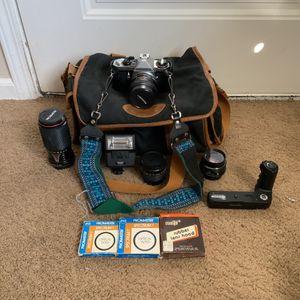 Vintage Pentax ME Super SE Travel Kit With Lenses for Sale in Campbell, CA