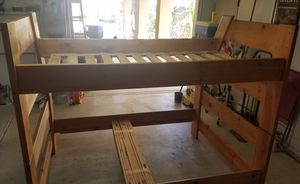 Full / Twin bunk bed for Sale in Tulare, CA